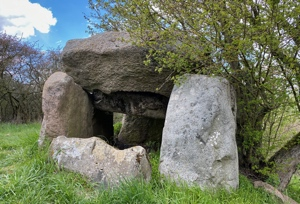 Grabstätte aus der Jungsteinzeit bei Melchow