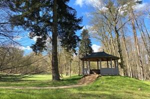 Teepavillon im Lenné-Park Görlsdorf